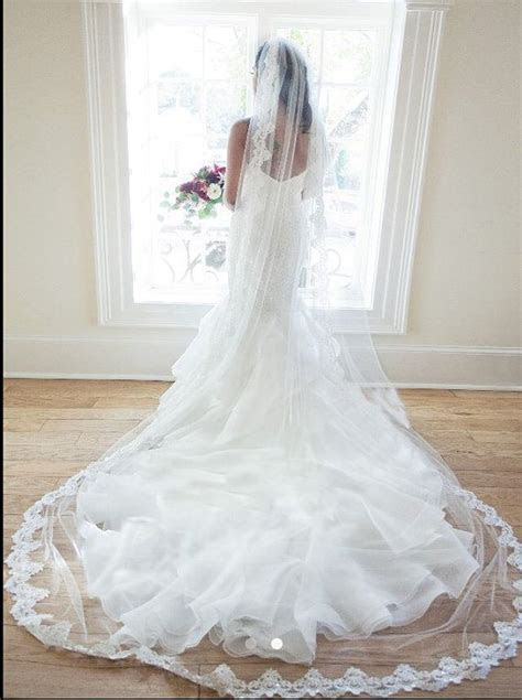 Best 25  Long lace veils ideas on Pinterest   Cathedral