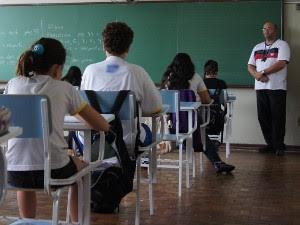 Alunos fazem prova de recuperação em escola de Sorocaba (Foto: Eric Mantuan)