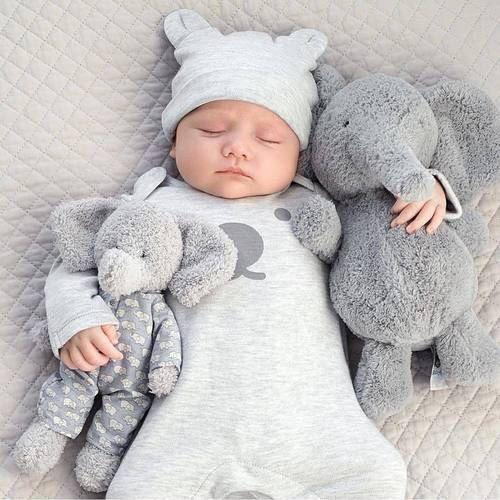 ملابس اطفال اولاد عمر سنه اجمل ملابس اطفال كيوت صور حزينه