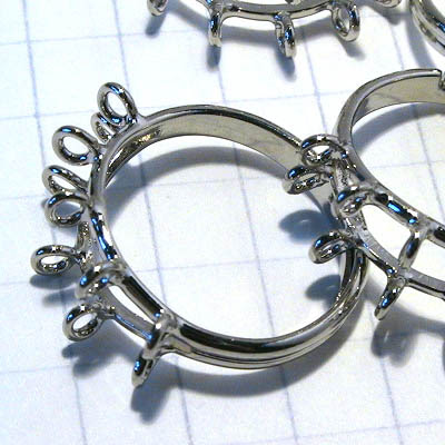 26001014 Findings -  Loopy Finger Ring - Silvertone (1)