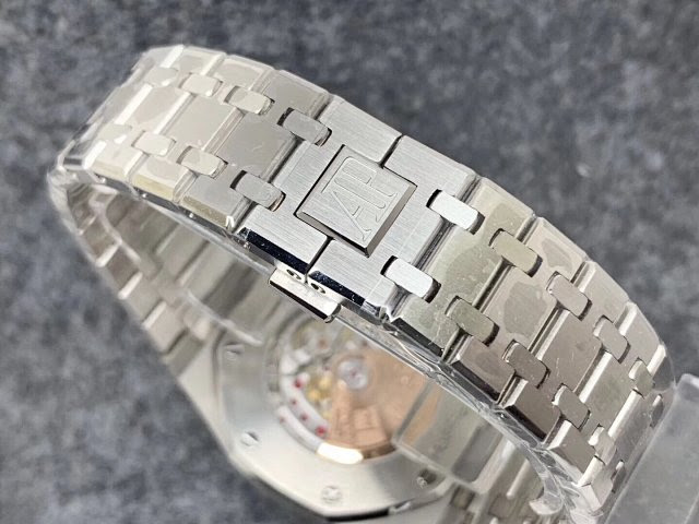 Audemars Piguet 15400 Stainless Steel Bracelet