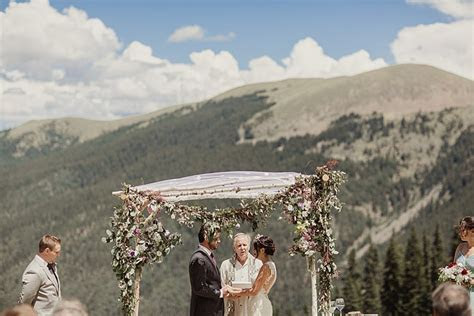 A Sincerity Bridal Bride for a Mountain Top Jew ish