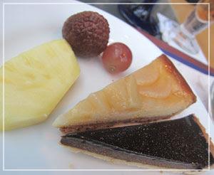 「カフェトスカ」のランチブッフェ、チョコタルト、濃厚で良かったです。