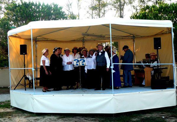 La troupe des Chantonnants lors de son récital