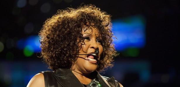 A cantora Whitney Houston durante show em Berlim, na Alemanha (12/05/2010)