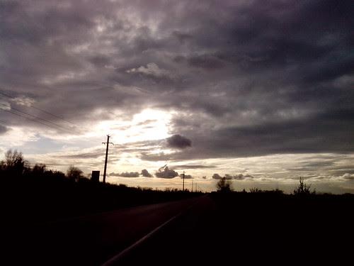 Sole e nuvole di fine novembre by Ylbert Durishti
