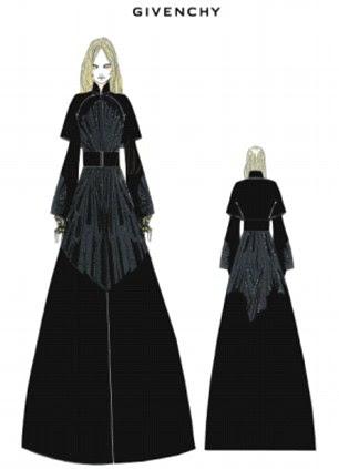 Rainha egípcia encontra gladiador romano: look de Madonna Couture Givenchy para o desempenho a meio tempo no Superbowl americano