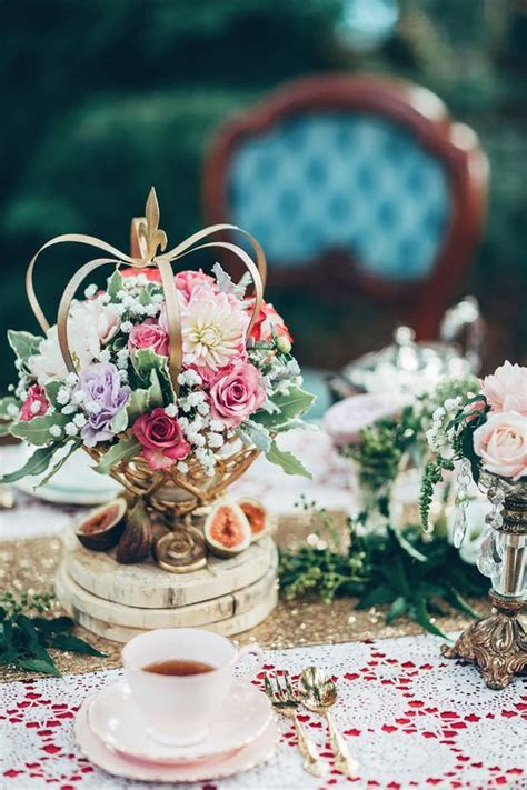 38 Vintage Wedding Centerpiece Ideas for 2018   Deer Pearl