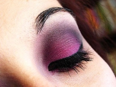 Fig colored eye shadow