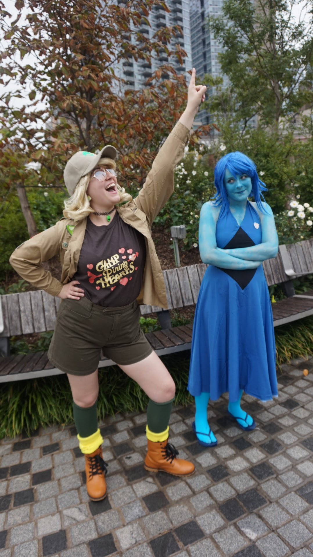 NYCC Steven Universe Cosplay was F A N T A S T I C! Here's these two gems (pun very intended) who showed up to a little (failed lmao) meet-up I did and let me take some pictures! Follow them...