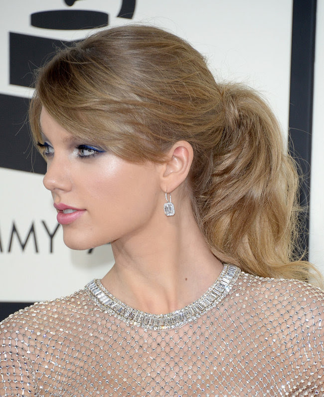 rsz_taylor-swift-arrivals-grammy-awards-part-3-evsndw3bpnix (1)