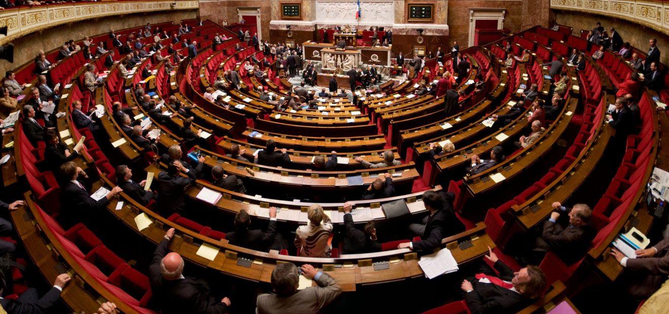 Euthanasie en France: des voix de l'Église dénoncent le projet de loi