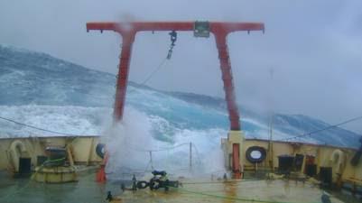 Tormenta. En el indomable Atlántico Sur. (Foto de Rubén Digilio)