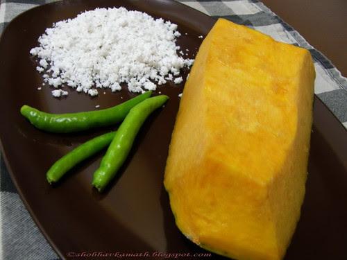 Ingredients for Red Pumpkin Bhakri
