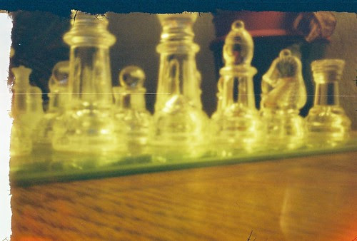 Pinhole chess set