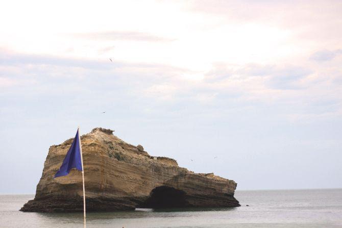 photo 1-Biarritz_rocher_plage_miramar_zps9524f0b2.jpg