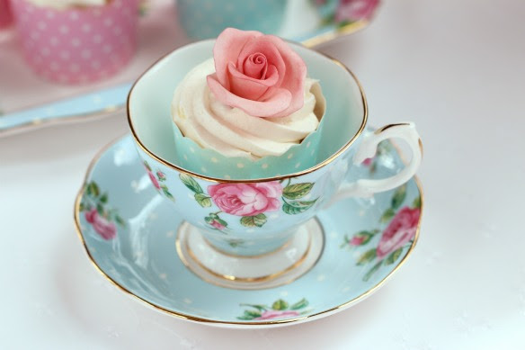 Cake in a teacup