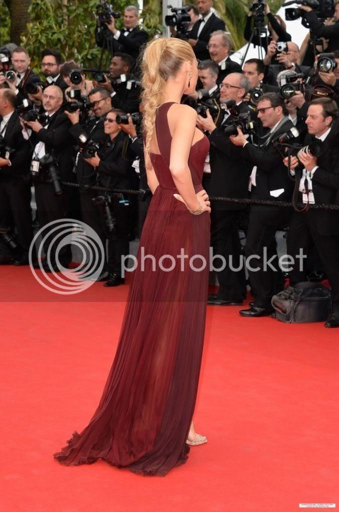 photo Blake-Lively-Cannes-GucciPremiegravere-4_zpsec370a46.jpg