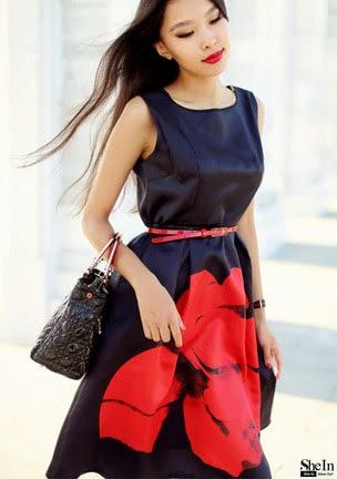 vestido preto e vermelho