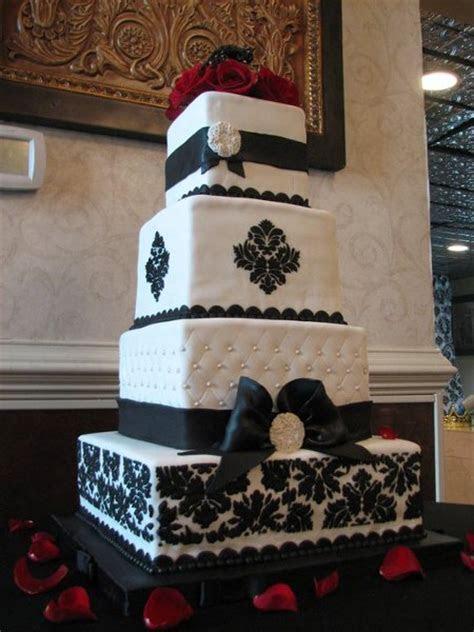 Black Burgundy White Square Wedding Cakes Photos