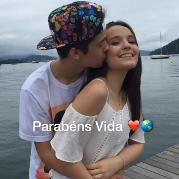 Larissa Manoela e João Giuilherme (Foto: Reprodução/Instagram)
