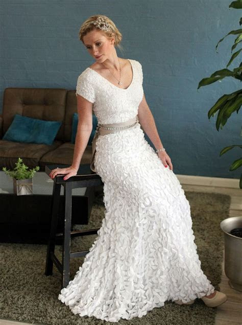 wedding dresses for older brides second marriage    ideas