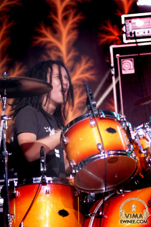An-Honest-Mistake-Band-Vima-2010-drummer-kevin
