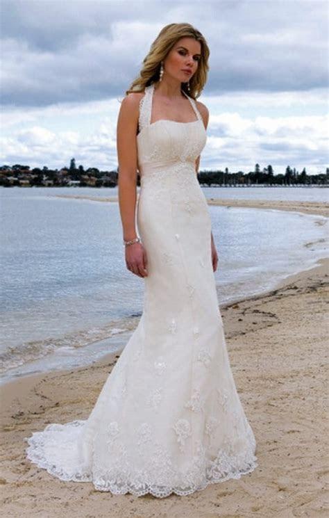 26 Sexy Wedding Dresses for Beach Weddings
