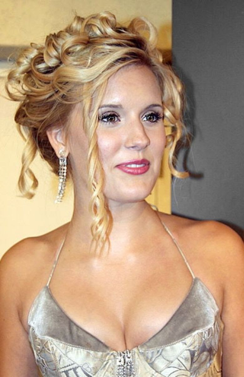 2012 Prom  Hairstyles  Updos  for Medium  Length Hair