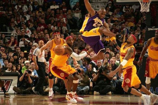 Kobe Bryant pulls a martial arts move during an L.A. Lakers game against the Cleveland Cavaliers.