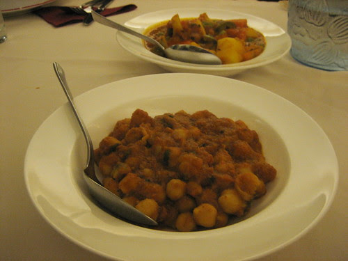chana masala and mixed vegies at namaste
