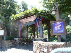 Disney' California Adventure: Blue Sky Cellar – Fantasy Faire
