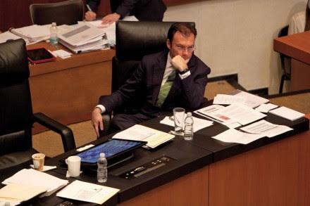 Videgaray. Comparecencia en el Senado. Foto: Miguel Dimayuga