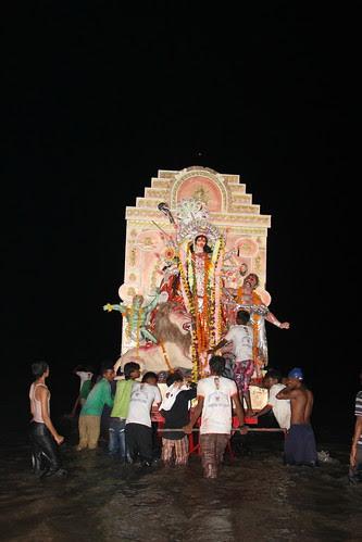 Durga Visarjan Juhu Beach 2012 by firoze shakir photographerno1