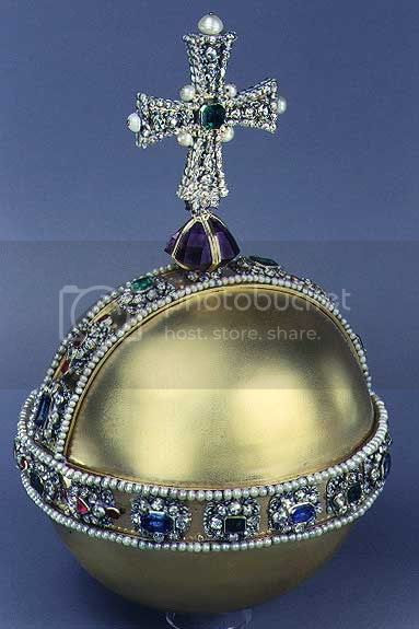 http://i29.photobucket.com/albums/c280/Royal-Britain/Royal-Orb.jpg