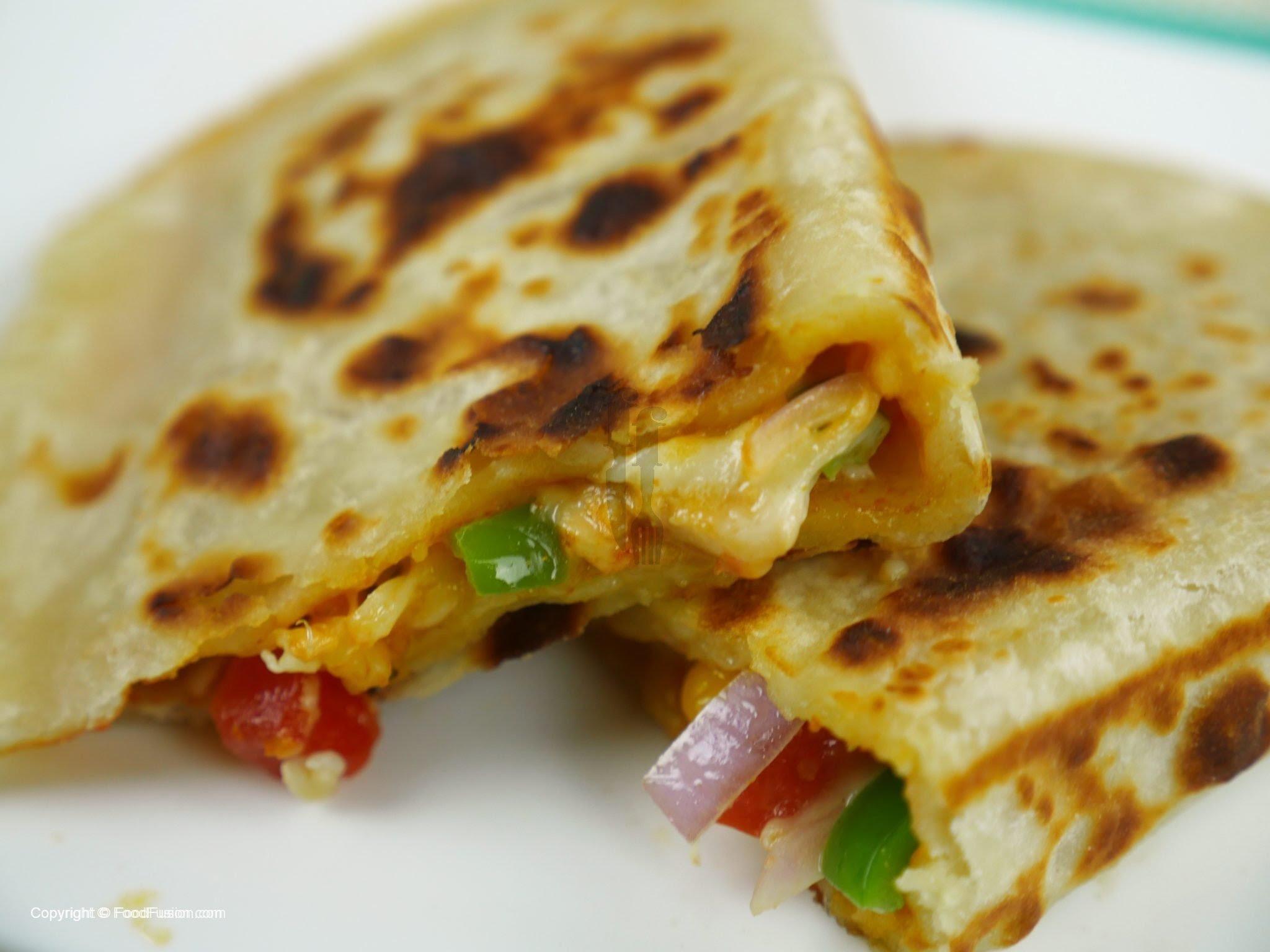 Pizza Paratha Recipe - Food Fusion