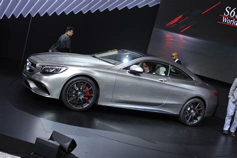 mercedes benz  amg coupe video preview