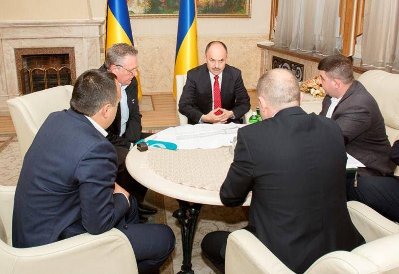 Керівництво Закарпаття з представниками Львівської залізниці обговорювали питання вузькоколійки та автовокзалів