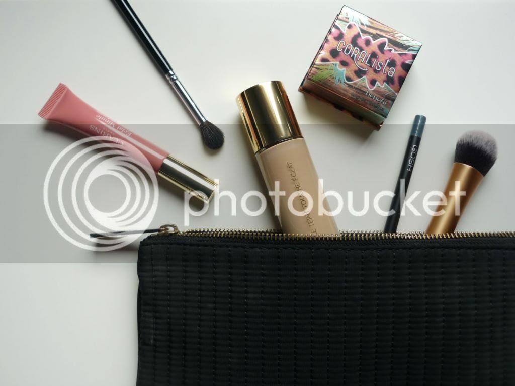 photo clarins-lip-perfector-zoeva-ysl-le-teint-touche-eclat-benefit-coralista-gosh-real-techniques_zpsd5054ddc.jpg