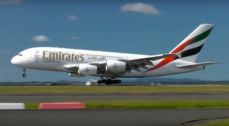 Emirates A380 Auckland 01mar16_01 900px