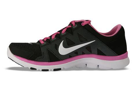 pink  black sandals  cool wallpaper