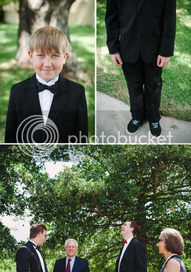 http://i892.photobucket.com/albums/ac125/lovemademedoit/welovepictures/ValDeVie_Wedding_004.jpg?t=1338384126