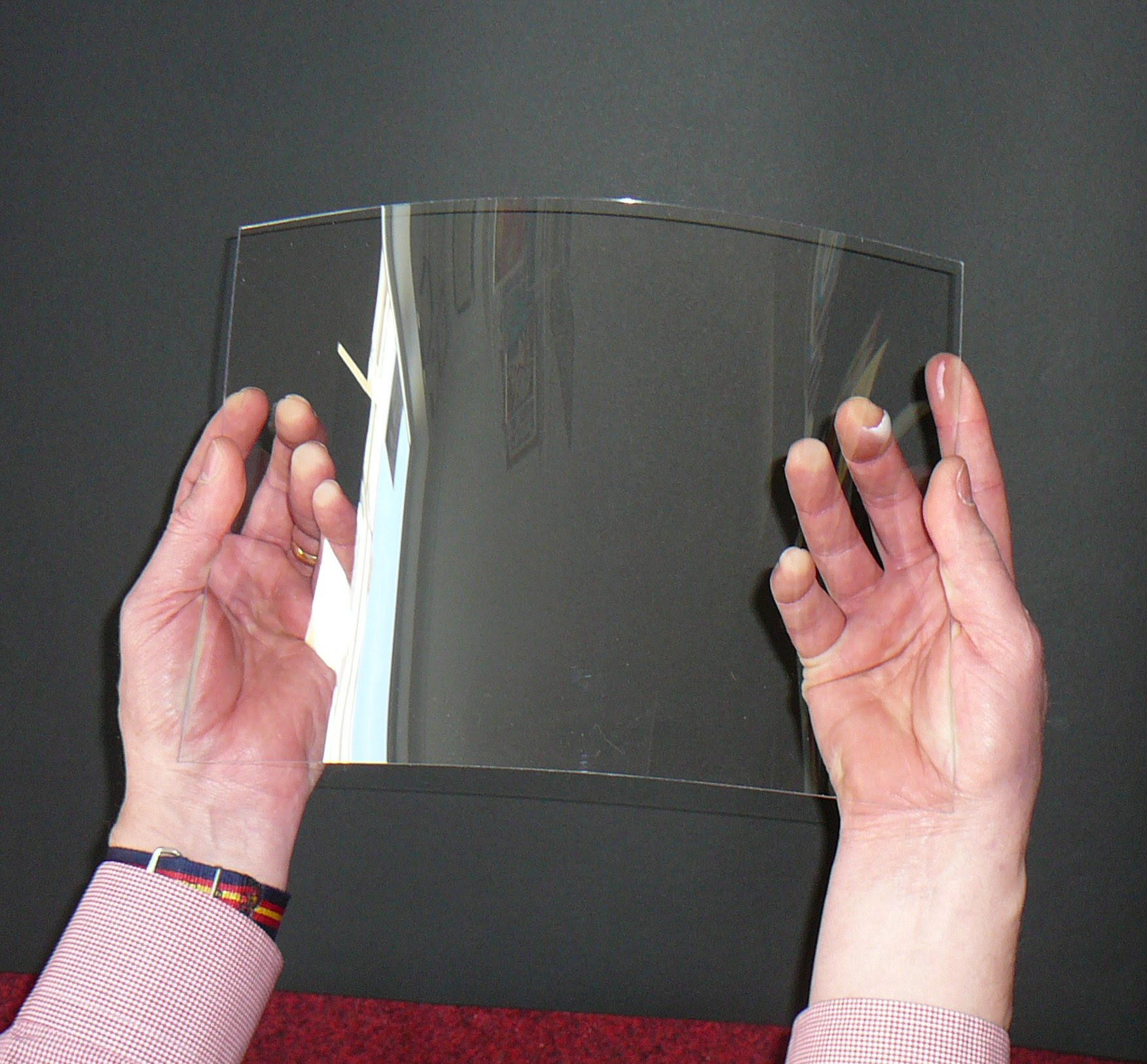 Is Perspex Plastic A Safer Choice Than Glass