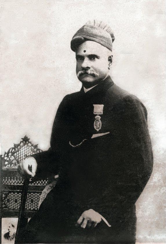 http://upload.wikimedia.org/wikipedia/commons/1/11/Raja_Ravi_Varma.jpg