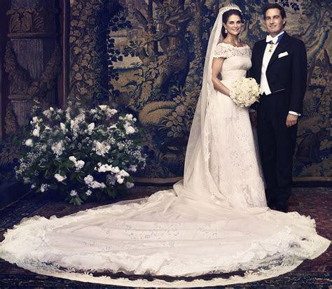 Royal Round Up: Royal Wedding Dresses ? Kate Middleton Review
