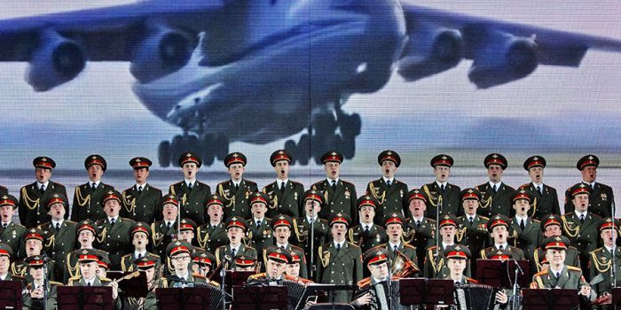 Sterminato il coro dell'Armata Rossa. Incidente?
