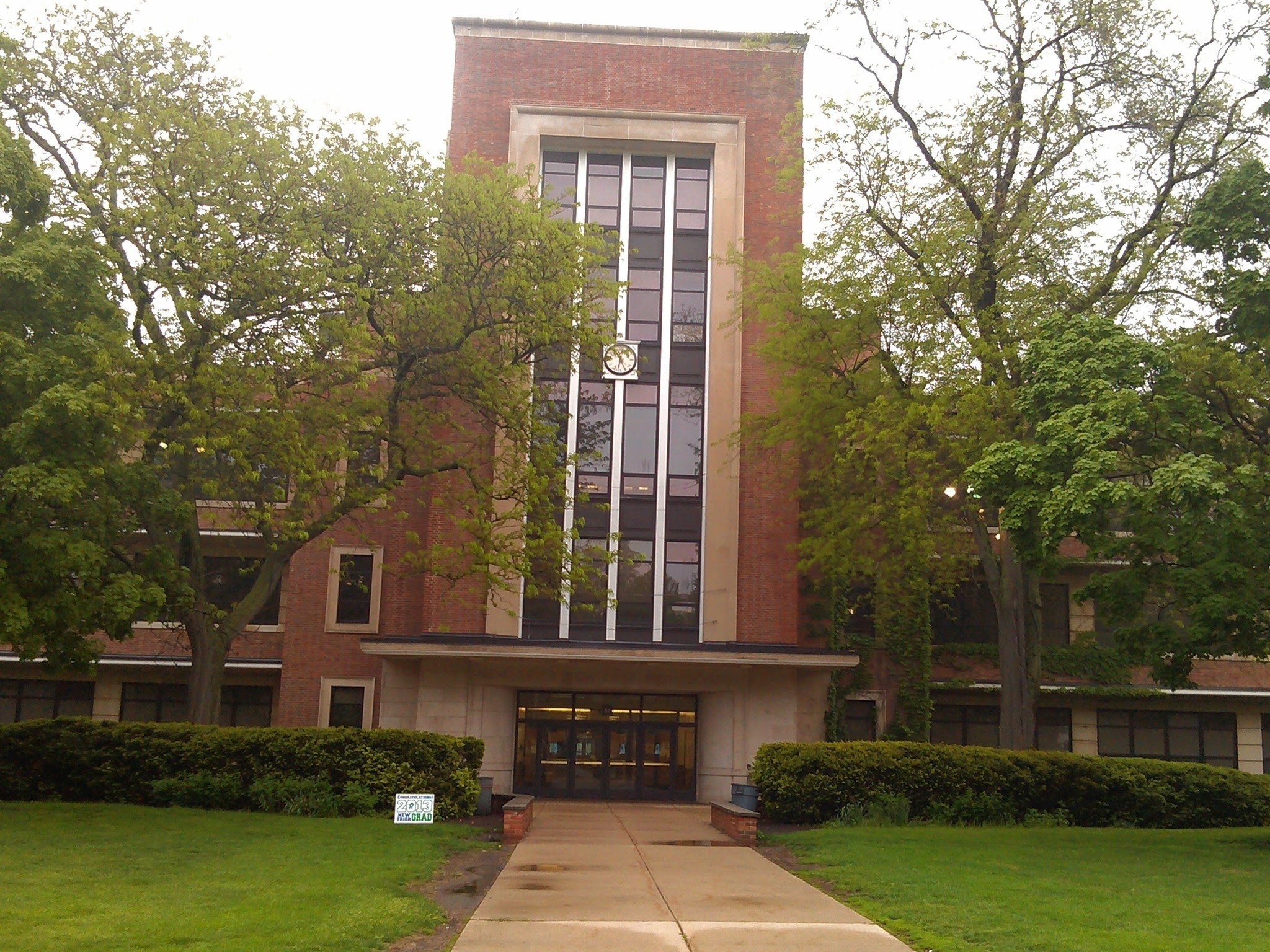 New Trier High School parents debate planned civil rights seminar ...