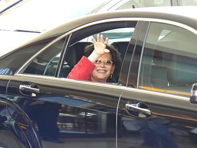départ de Claudia Cardinale.jpg