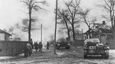 http://www.flamesofwar.com/Portals/0/all_images/Historical/Kharkov-3-01.jpg