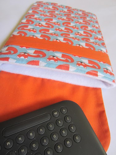 Monaluna Foxy Kindle cover